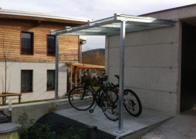Schlosserei Strodl Fahrradunterstellplatz