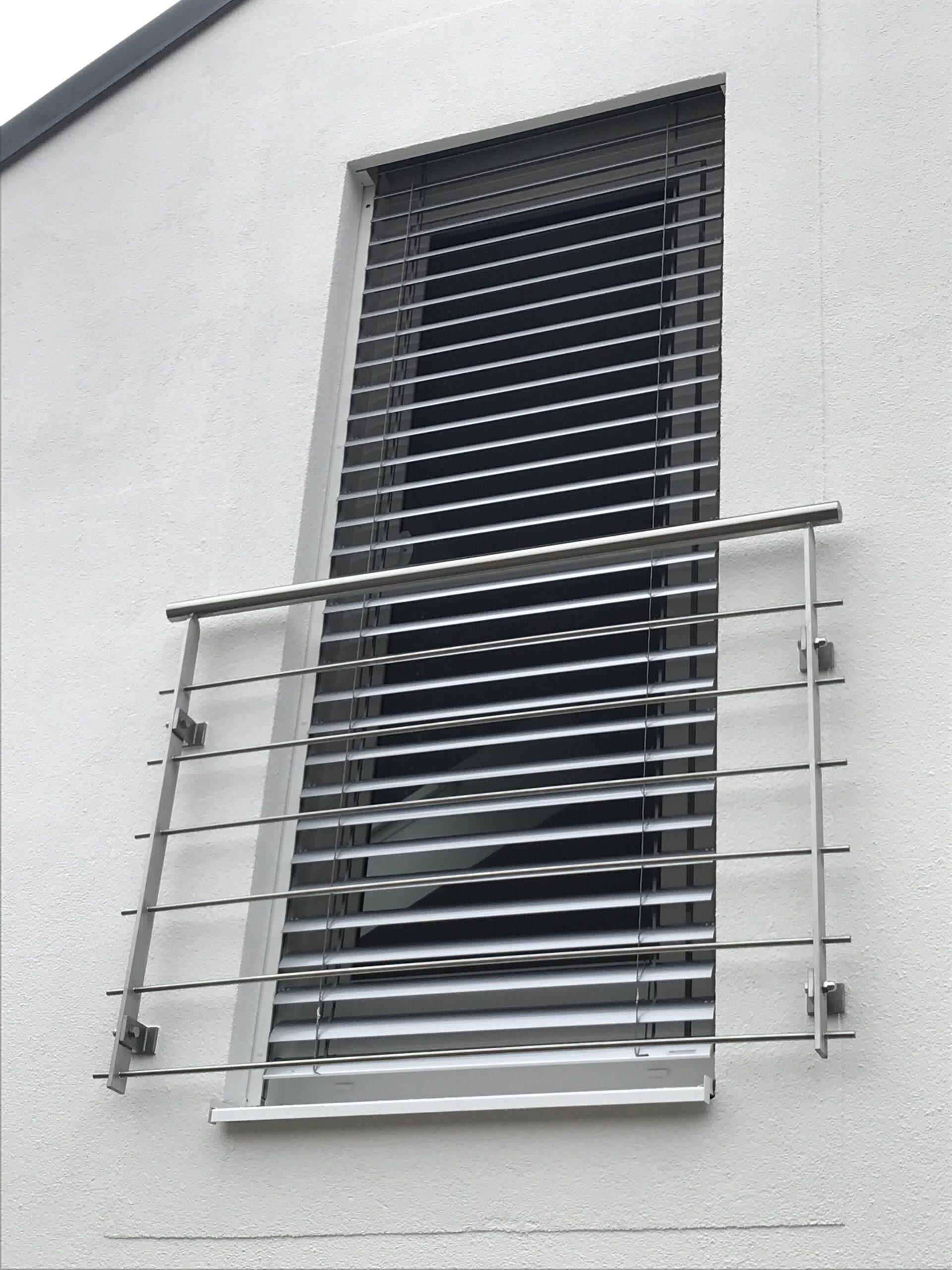 Schlosserei Strodl Französisches Geländer aus Stahl