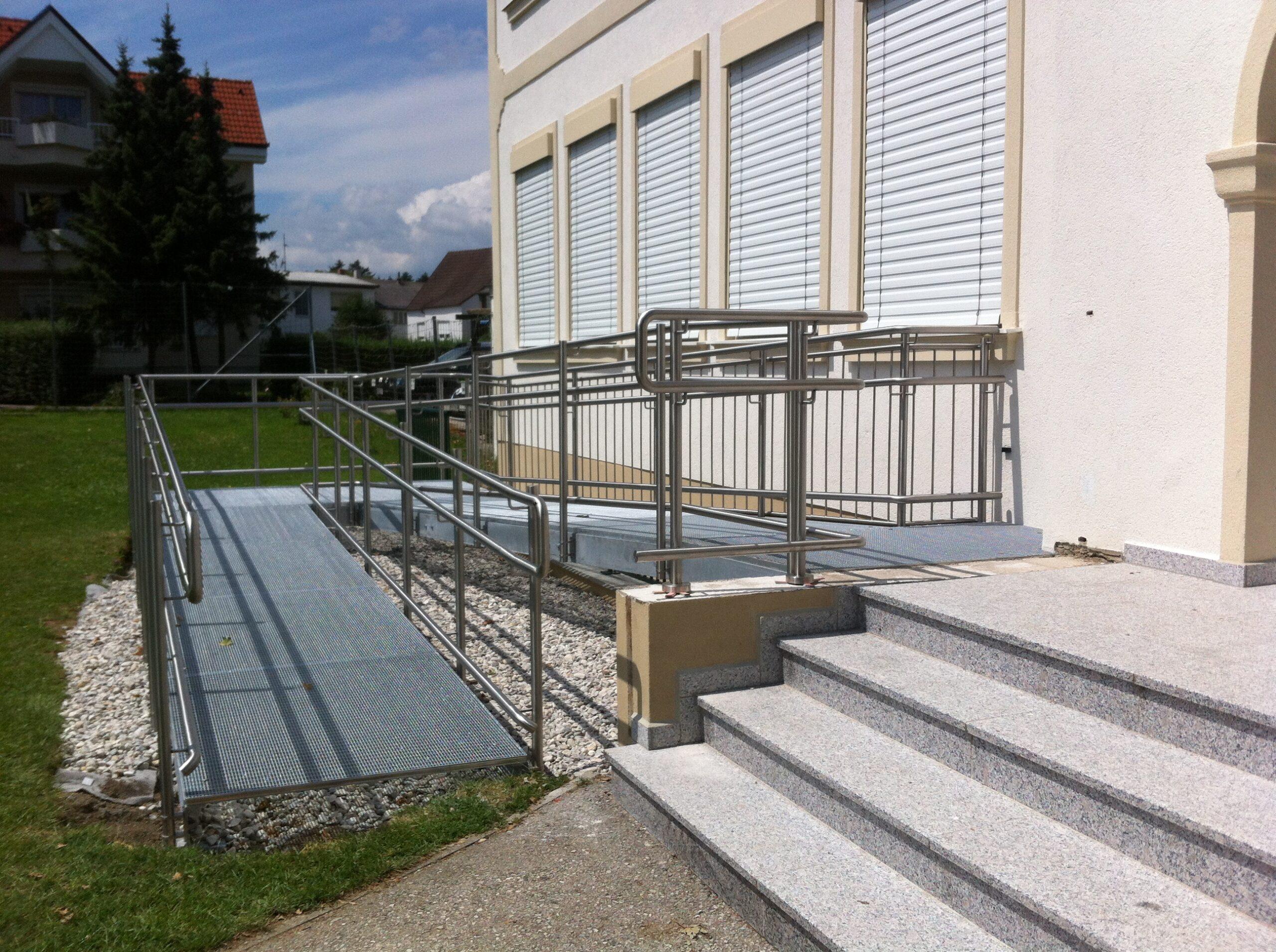Schlosserei Strodl Behindertenrampe